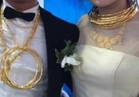 Cô dâu chú rể đeo vàng đầy người trong đám cưới ở Hà Tĩnh