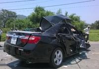 Đà Nẵng: 4 người chết trong vụ tai nạn thảm khốc giữa xe khách và ô tô