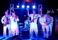 Clip ban nhạc trên tàu bệnh viện Mercy trình diễn tại Đà Nẵng