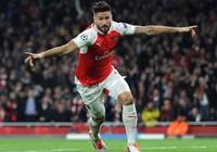 Giroud tỏa sáng giúp Arsenal đánh bại Bayern Munich