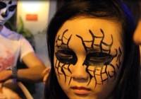 Clip 'ma quỷ' xuất hiện ở khu phố Tây trong đêm Halloween