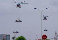 Chùm ảnh:Trực thăng cẩu ô tô bay trên bầu trời Vũng Tàu