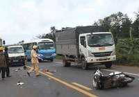 Va chạm với xe biển xanh, 2 cô giáo tử nạn