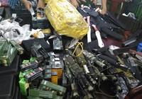 Triệt phá đường dây bán súng, kiếm quy mô lớn ở TP.HCM