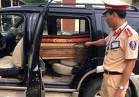 Bắt xe chở 30 phách gỗ lậu ra Đà Nẵng tiêu thụ