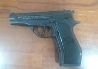 Dùng súng đồ chơi nguy hiểm để 'dằn mặt' người khác