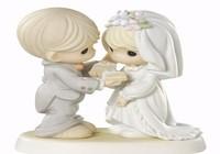 Lấy chồng nước ngoài, kết hôn ở đâu?