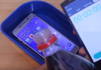 Chuyện gì sẽ xảy ra khi ngâm Galaxy Note 5 trong nước có gas