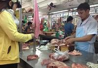 Đấu thầu bán thịt heo bình ổn giá dịp tết