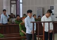 Mang đao đi 'tính sổ', hai côn đồ lãnh 17 năm tù