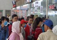 Hàng ngàn người đi nghỉ lễ từ Bến xe Miền Tây