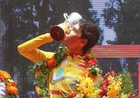 Ariya Phounsavath đăng quang áo vàng Cúp Truyền hình