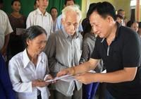 Hỗ trợ người dân tại Hà Tĩnh và Quảng Bình