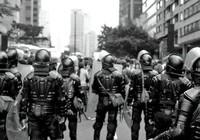Chấn động cảnh sát Colombia dính bê bối mại dâm nam