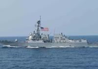 Tàu Mỹ đối đầu máy bay, tàu chiến Trung Quốc khi áp sát đảo nhân tạo