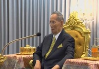 Vua Thái Lan lại trở bệnh nặng sau một năm nhập viện