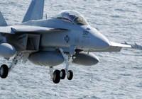 Máy bay Mỹ hư hỏng khi hạ cánh ở Biển Đông