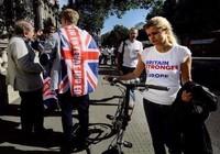 Hơn 2,5 triệu người Anh đòi tổ chức trưng cầu dân ý lần 2