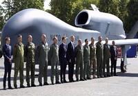 Ai đứng sau lập trường bài Nga của NATO?