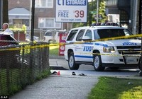 Lãnh đạo Hồi giáo cùng trợ lý bị bắn chết giữa phố New York