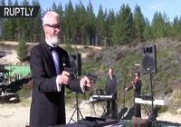 Xạ thủ Nga chơi nhạc Beethoven bằng súng