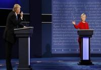 Hiệp 1: Bà Clinton thắng ông Trump