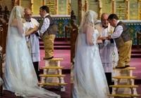 Thú vị cách chú rể cao hơn 1 m hôn cô dâu 1,7 m