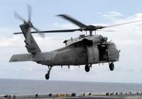 Tàu quân sự Iran chĩa vũ khí vào trực thăng Mỹ