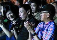 Nghe Tổng thống Duterte trổ tài ca hát