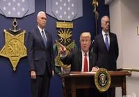 Ông Trump ký sắc lệnh tái thiết 'vĩ đại' quân đội