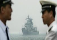 TQ ngang ngược đòi ngăn tàu nước ngoài vào biển Đông