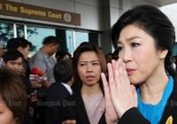 Cựu Thủ tướng Yingluck đến tòa án Thái Lan