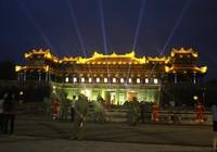 Đại nội Huế mở cửa đón du khách tham quan về đêm