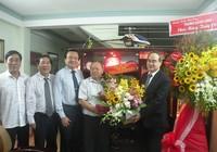 Lãnh đạo TP.HCM thăm nguyên hiệu trưởng Trường ĐHBK