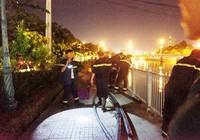 Một phụ nữ gieo mình xuống kênh Nhiêu Lộc trong đêm