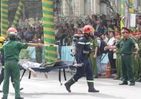 'Giải cứu' tòa nhà Vincom Đồng Khởi 26 tầng bị cháy lớn