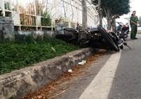 Tai nạn liên tiếp vì ôm cua tốc độ cao, hai thanh niên thương vong