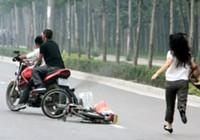 Băng cướp dùng nón bảo hiểm gây án ở Sài Gòn