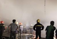 Cháy dữ dội nhà xưởng 1000 m2