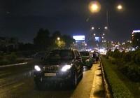 4 tô tô tông liên hoàn trên cầu Tham Lương lúc mưa lớn