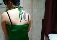 Tiếp viên kích dục trong tiệm massage chui