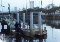 Thi thể nổi lên ở kênh Tàu Hủ gần cầu Chà Và