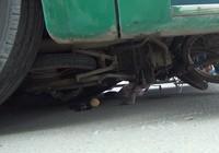 Người đàn ông làm thuê bị xe buýt cuốn vào gầm tử vong