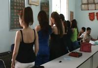 TP.HCM: Bắt á khôi điều hành đường dây mại dâm ngàn đô
