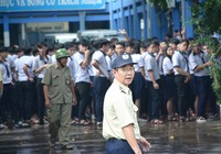 Cháy khu nội trú, hàng trăm học sinh tháo chạy