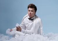 'Phù thủy vẽ tranh' Phạm Hồng Minh tái hiện cuộc sống qua 'Màu đời'
