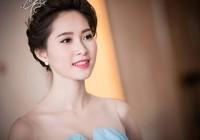 Hoa hậu Đặng Thu Thảo hủy lịch trình để được gặp Tổng thống Obama