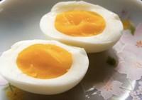 Sai lầm khi cho trứng luộc vào nước lạnh