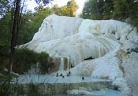 10 hồ bơi bậc thang tự nhiên đẹp nhất thế giới