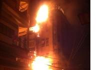 Khách sạn tại Cần Thơ bốc cháy dữ dội